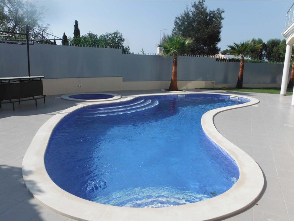 O que deve esperar de uma empresa de constru o de piscinas for Empresas de piscinas