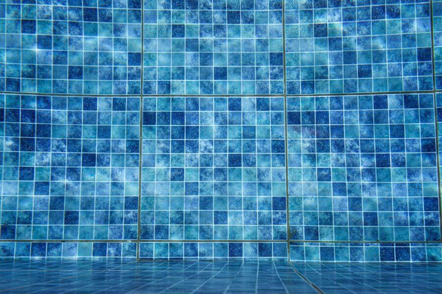 Mosaico da piscina a cair