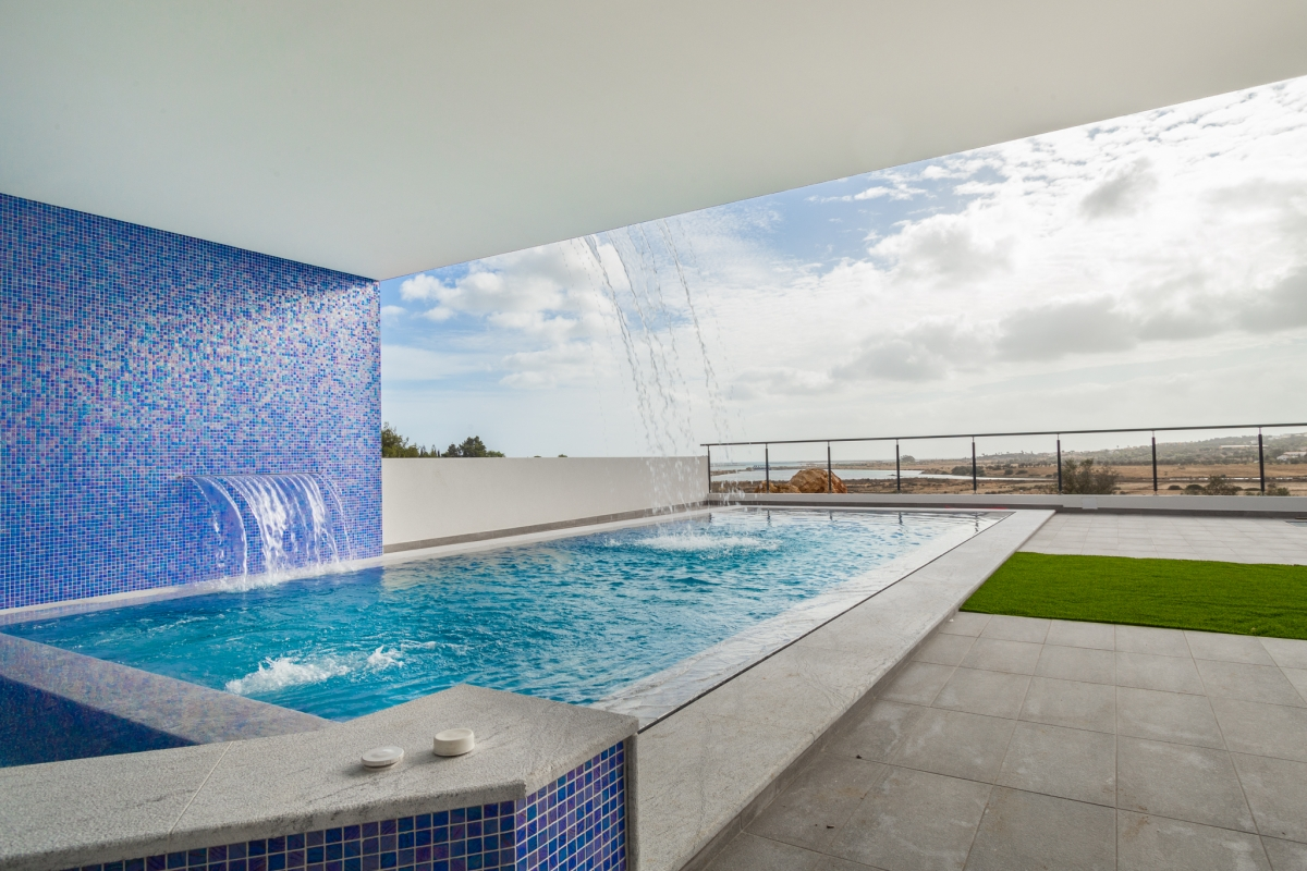 Piscina em Alvor, Algarve