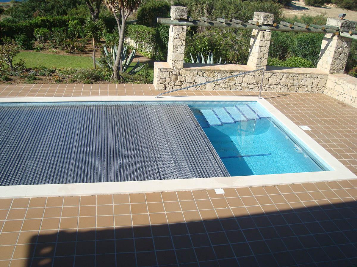 Projetos de constru o de piscinas dreampools for Coberturas para piscinas